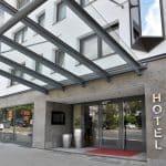 Aussenansicht von vorne Parkhotel Oberhausen