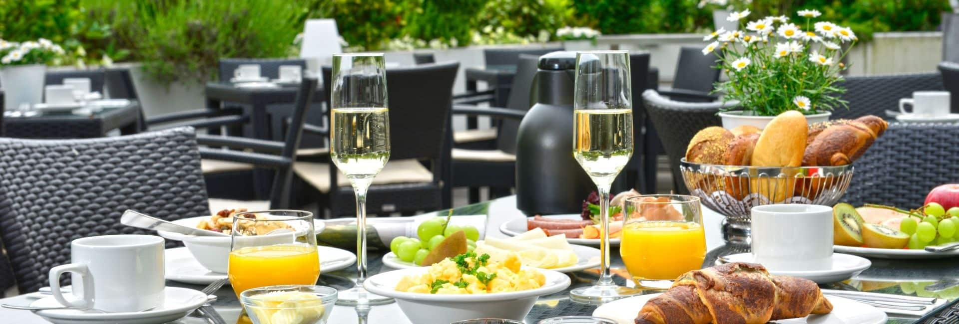 Tisch Frühstück Terrasse